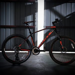 Outrage 601 BLACK RED